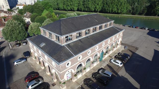 La Halle, lieu de rencontre des Nogentais constitue un élément remarquable du patrimoine bâti du XIXe Siècle