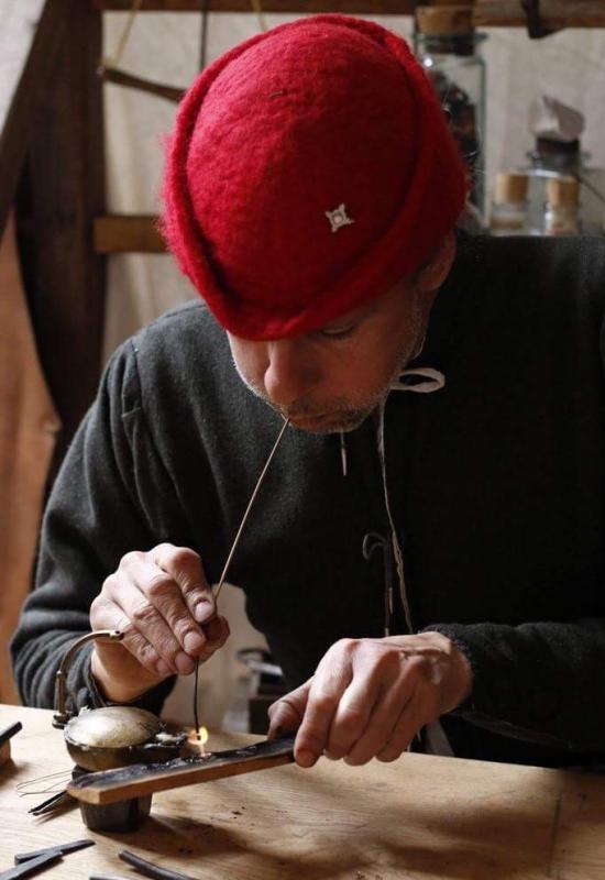 L'Orfèvre et le forgeron : démonstrations de techniques gauloises